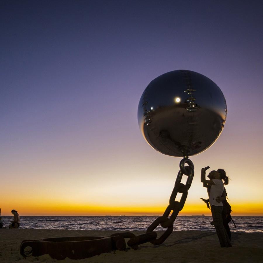 Желязна топка, Австралия
