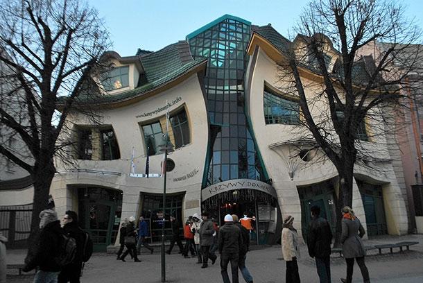 Кривата-къща-Сопот-Полша