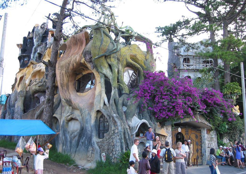 Лудата-къща-Виетнам