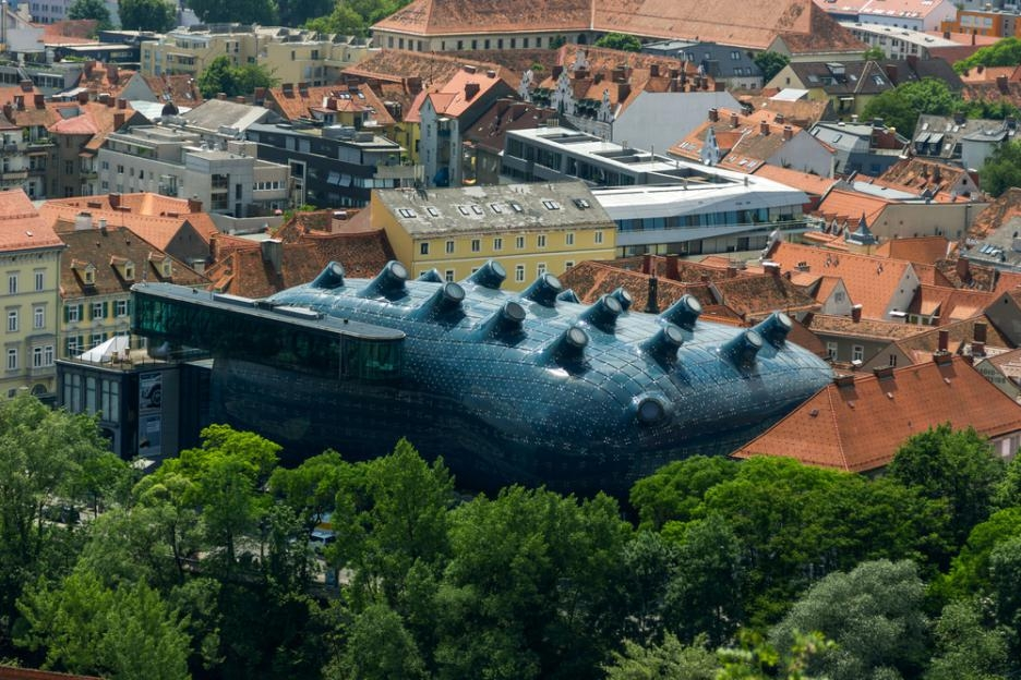 Музей-на-изкуствата-в-Грац-Австрия