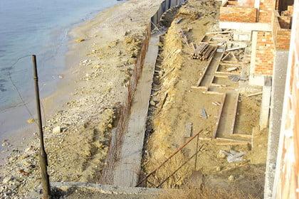 Морските общини сами ще решават за летните строежи