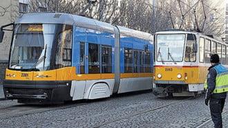 Пуснаха екологични трамваи в София
