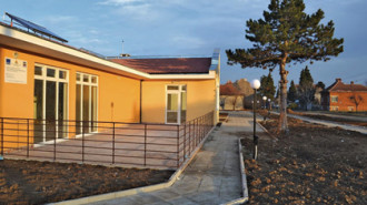 В Бяла Слатина построиха два дома за деца