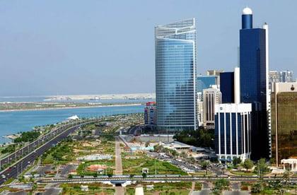 """В Абу Даби правят """"пътеводител"""" на наемите"""