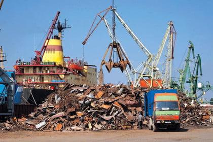 Над 1400 пункта за метали въртят бизнес на черно