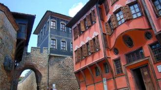 Пловдив раздвижва Стария град с ниски наеми