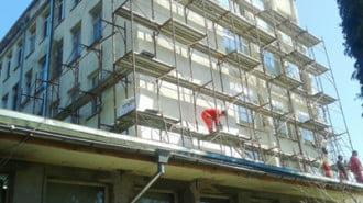 Започна цялостно саниране на сградата на МБАЛ - Разлог