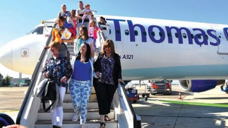 Близо 25% повече пътници са преминали през този туристически сезон през Летище Бургас в сравнение с 2015 г.