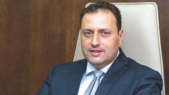 Димо Скорчев е кмет на гр. Дунавци за втори мандат. Местен човек е и познава до болка проблемите на града и на хората. Преди това е работил в строителството като началник на варов възел, управлявал е спортните имоти на община Видин. За пръв път е избран за кмет на Дунавци през 2011 г.