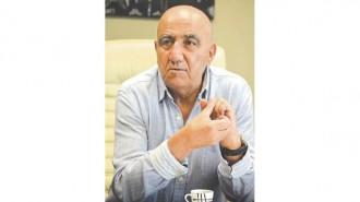 """Инж. Атанас Костурков е управител и съдружник на една от най-големите строителни компании в страната - """"Комфорт"""" ООД. Фирмата стартира дейността си на 1 декември 1989 г. и вече е утвърден лидер в строителния бранш не само в страната, а и извън нея. """"Комфорт"""" ООД е инвеститор и изпълнител на жилищни обекти, хотели, административни, обществени, промишлени и бизнес сгради. Качеството на своята дейност и своя авторитет компанията защитава с десетките си реализирани проекти на територията на София, Варна, Шумен, Банско и курортните комплекси """"Св. св. Константин и Елена"""", Златни пясъци, Слънчев бряг, Чайка, Обзор и др."""