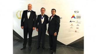 Асен Македонов (вляво), Крикор Аждерханян (в средата), президент на FIABCI 2016-2017 г., и Фарук Махмуд, президент на FIABCI 2017-2018 г., по време на Генералната асамблея в Андора