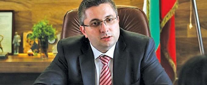 Регионалният министър Николай Нанков увери, че няма да скочат цените на винетките за леките атомобили