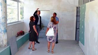 Кметът Димитър Николов и заместникът му Йорданка Ананиева инспектираха обекта