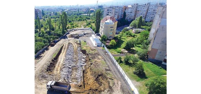12-13_Sofia_Zdravkov---2---KARE_1