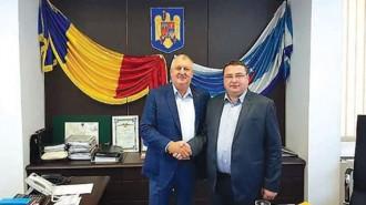Кметът на Свищов Генчо Генчев и кметът на румънската община Кълъраш Даниел Драгулин обсъдиха подробностите по изпълнение на проекта