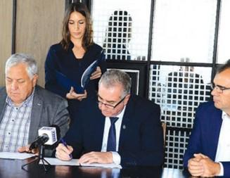 Подписаха договорите за доизграждане на пречиствателната станция във Видин