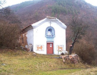 Реставрират на място уникалната средновековна църква в с. Беренде
