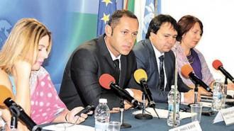 Заместник-министърът на икономиката Александър Манолев по време на откриването на българо-индийски бизнес форум в София