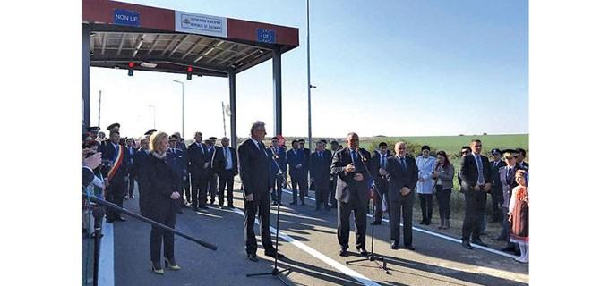 Премиерът Бойко Борисов и румънският му колега Михай Тудосе откриха новия ГКПП Кайнарджа - Липница на българо-румънската граница