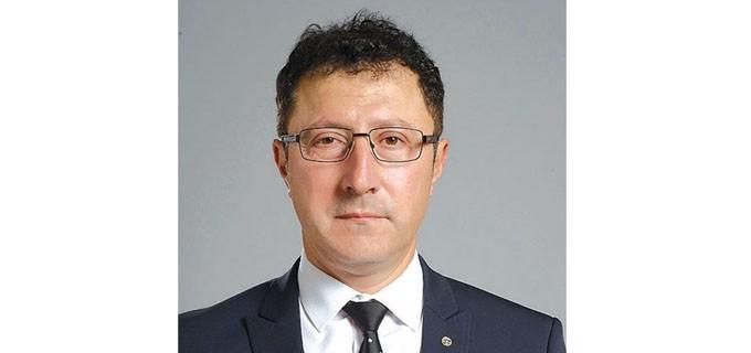 Арх. Димитър Георгиев е роден на 7 юли 1964 г. в Бургас. Общински съветник втори мандат с акценти на дейност планиране и развитие на града в областта на строителството и проектирането.  Председател е на Постоянната комисия по устройство на територията и член на Постоянната комисия по правни въпроси.