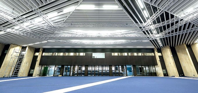 Зала 3 е с нов таван, който дава възможност за голяма функционалност