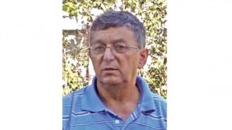 Георги Николов е от Добруджанския край, но от 7-годишен живее в село Брусен, община Мездра. Става кмет на селото през 2015 г. Кметувал е и преди това в същото населено място в периода 1987-1990 г. и оттогава всички го наричат Кмета, независимо с какво се занимава.  До кметуването си е работил като водопроводчик, занимавал се е със земеделие и търговия. Има магазини за хранителни стоки.