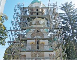 Ремонти за милиони на храмове и манастири в страната