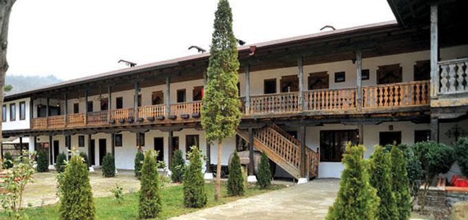 12-13Lopu6anski_manastir-3