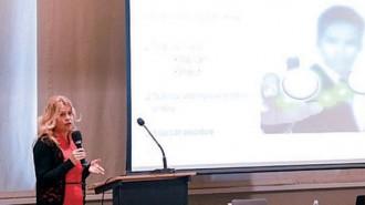 """Венцеслава Янчовска, представител на българския офис на """"Иновация Норвегия"""" представи възможностите за финансиране в направление """"Зелена индустрия"""""""