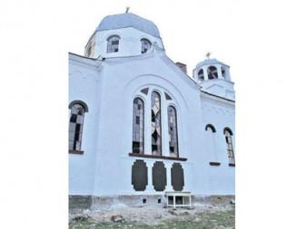 Отпуснаха средства за реконструкция на храма в с. Червена