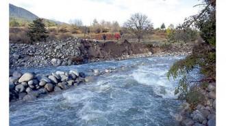 Много реки преливат, тъй като не са обезопасени в проблемните участъци