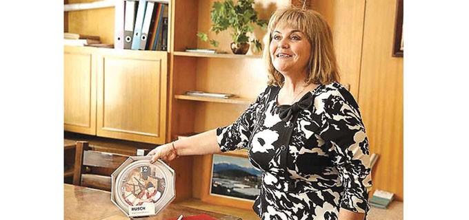 Мария Юрганчева е родом от село Баня, Разложко. Разказва, че родът й е много смесен - по майчиня линия коренът й от Егейска Македония, а по бащина е банскалийка. През годините не е изневерила на родното си място. По образование е икономист, с 25 годишен стаж по специалността. Преди да стане кмет на Баня се е занимавала с частния бизнес на семейството-хотелиерство, ресторантьорство и търговия. Щастлива е, че в него са се включили синът и дъщеря й заедно със семействата си.