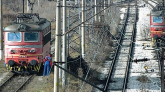 """Системните обжалвания на обществените поръчки за големите жп проекти поставят под риск програма """"Транспорт"""""""