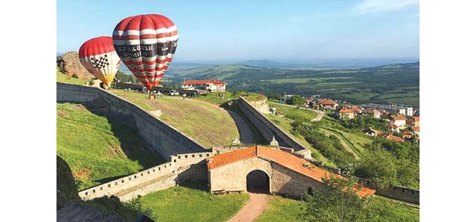 14-976-734-belogradchik-baloni