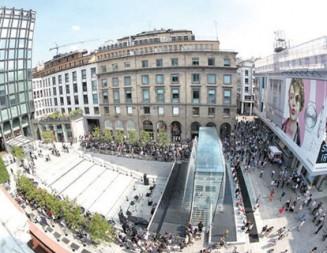Магазинът на Apple в Милано – елегантен микс между история, минимализъм и безупречен модерен дизайн