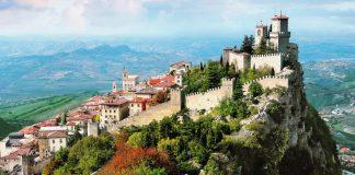 Смята се, че Сан Марино е най-старата република в света, която съществува и в наши дни. Според историците тя е основана на 3 септември 301 г. от строител, наричан Свети Мариний (San Marino) Смята се, че Сан Марино е най-старата република в света, която съществува и в наши дни. Според историците тя е основана на 3 септември 301 г. от строител, наричан Свети Мариний (San Marino)
